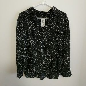 fab'rik top black and cream button up top